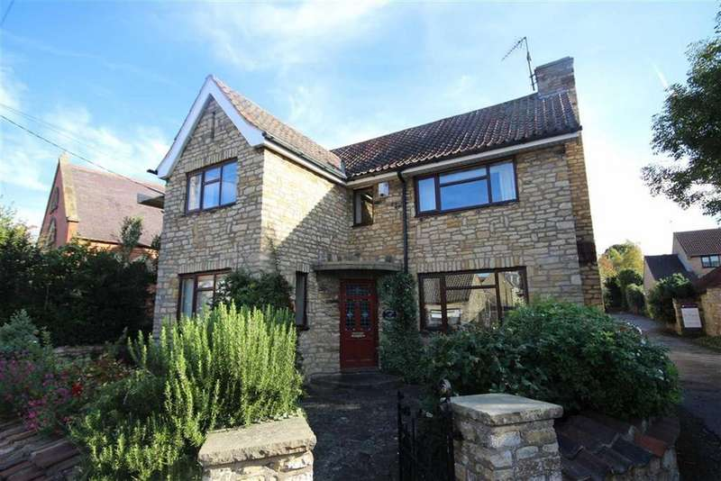 5 Bedrooms Detached House for sale in High Street, Waddington, Lincoln, Lincolnshire
