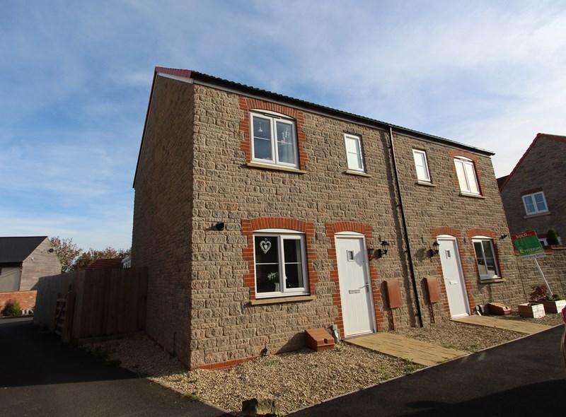 3 Bedrooms Semi Detached House for sale in The Mead, Keynsham, Bristol