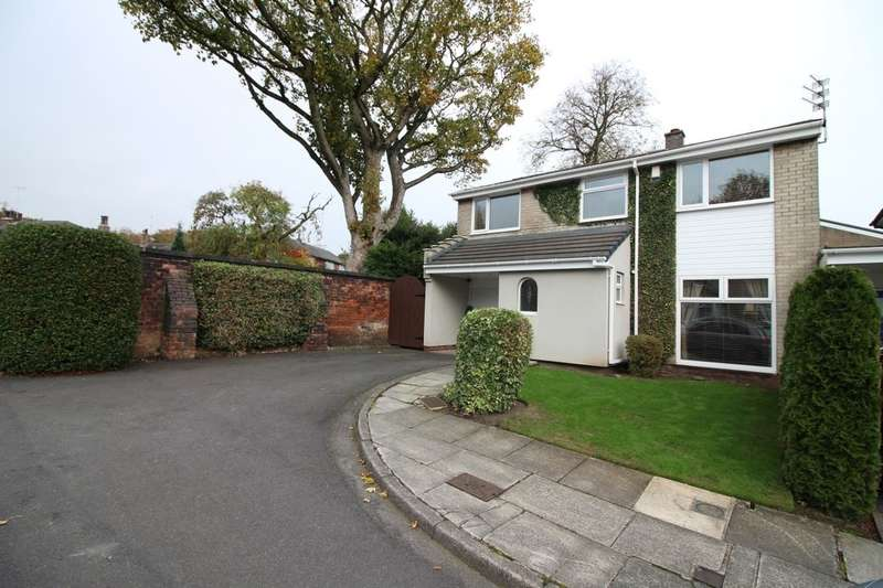 4 Bedrooms Detached House for sale in Beechfield Drive, Bury, BL9