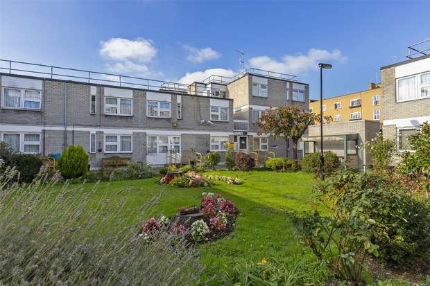 1 Bedroom Flat for sale in Stokley Court, Brook Road, Hornsey, N8
