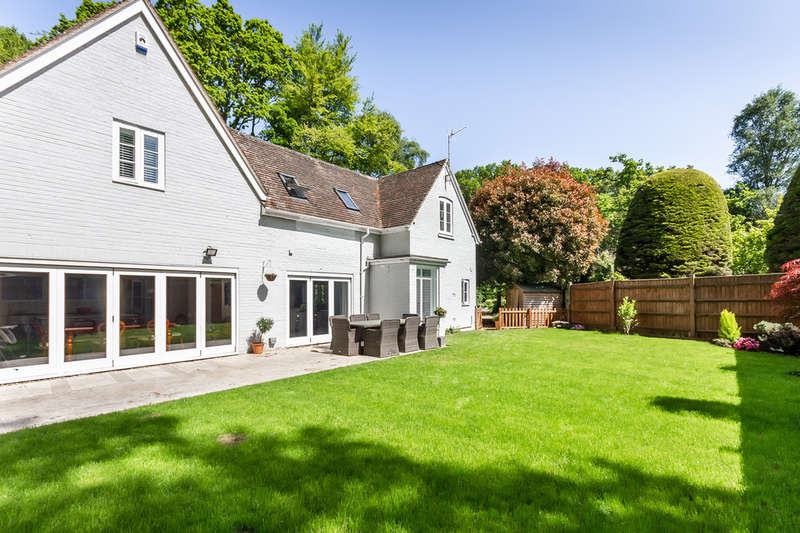4 Bedrooms Detached House for sale in Burley, New Forest, Hampshire