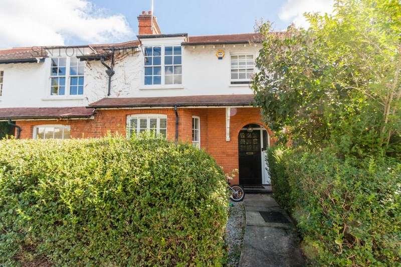 4 Bedrooms Terraced House for sale in Brunner Road, Ealing, W5