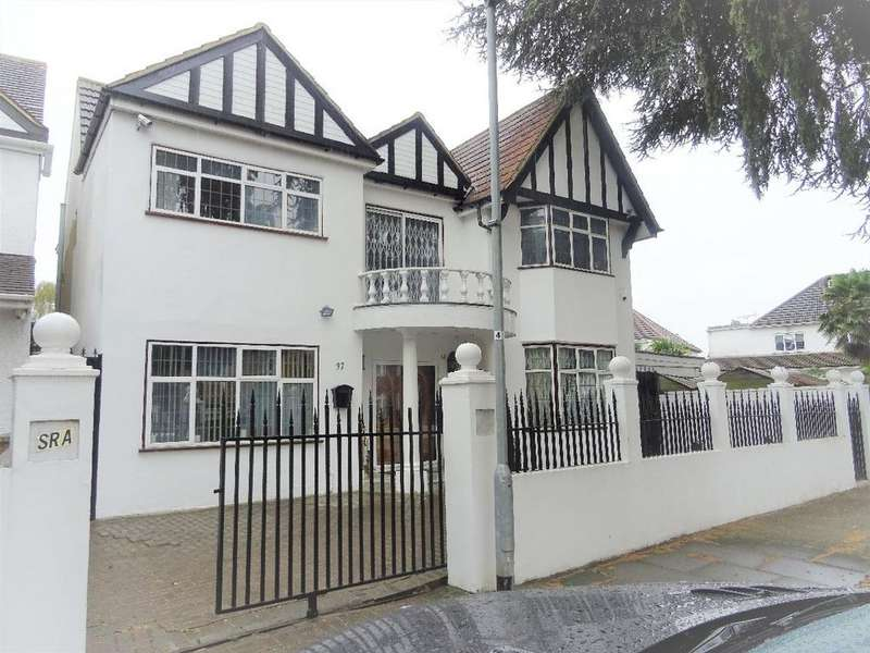 6 Bedrooms Detached House for sale in Jersey Road, TW5