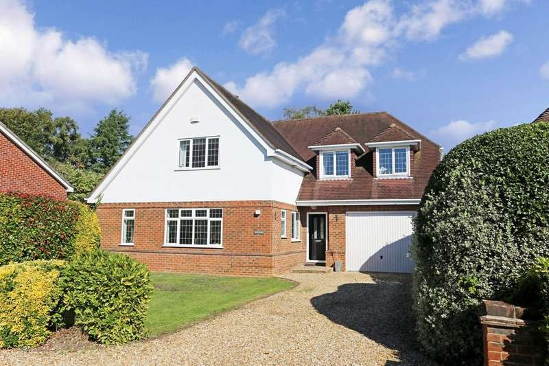 4 Bedrooms Detached House for sale in Horton Heath, Hampshire