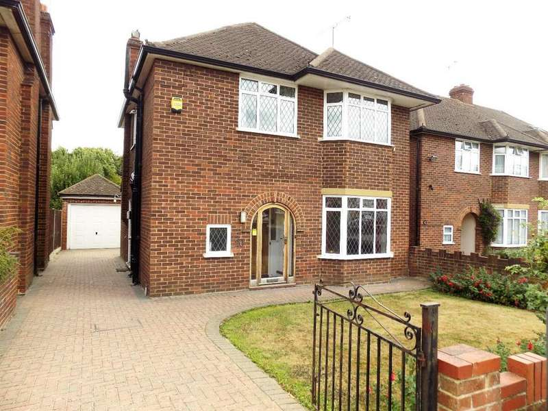 3 Bedrooms Detached House for sale in Dolphin Road Slough, Slough, SL1