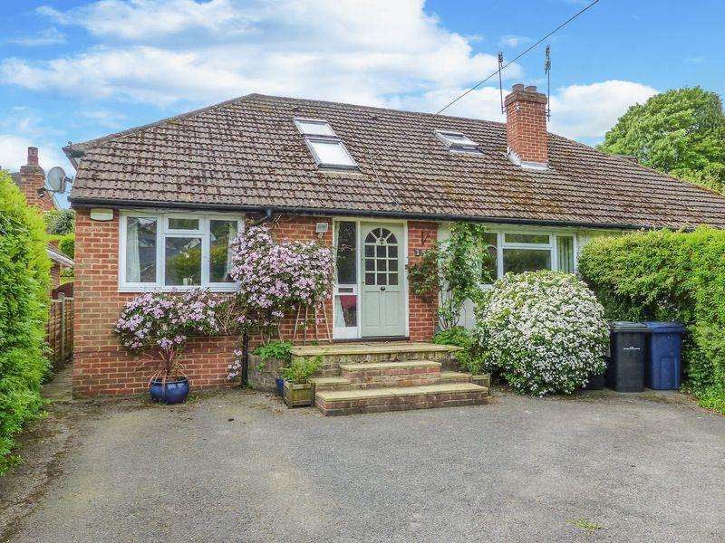 4 Bedrooms Semi Detached House for sale in Marlow Bottom