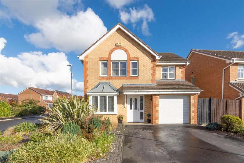 4 Bedrooms Detached House for sale in Eggleston Drive, Consett, DH8 7UB