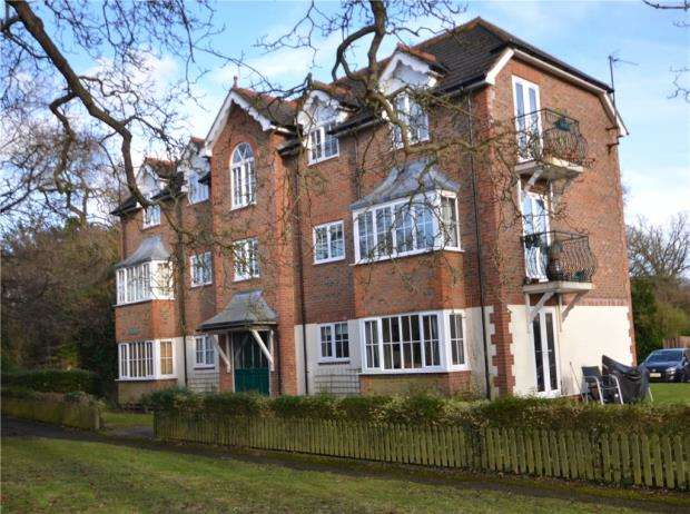 1 Bedroom Apartment Flat for sale in Baybrook, Maidenhead Road, Cookham