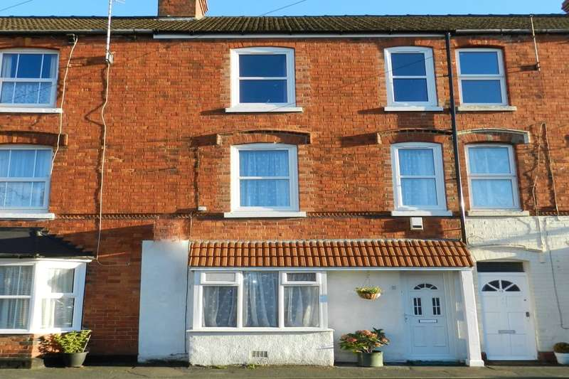 4 Bedrooms Property for sale in Alford Road, Sutton-On-Sea, Mablethorpe, LN12