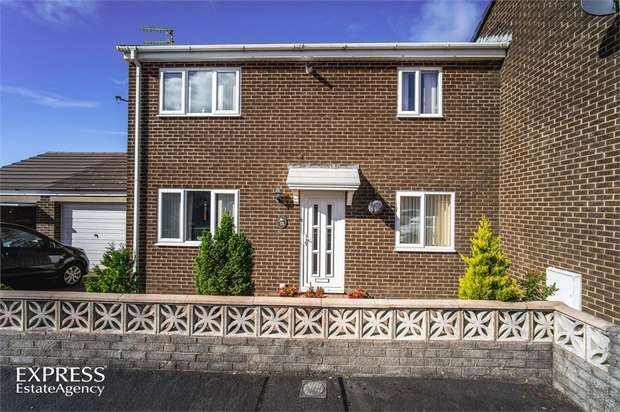 2 Bedrooms Semi Detached House for sale in Sandringham Avenue, Whitehaven, Cumbria