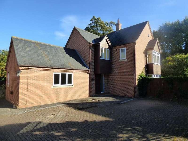 4 Bedrooms Detached House for sale in Park Lane, Donington