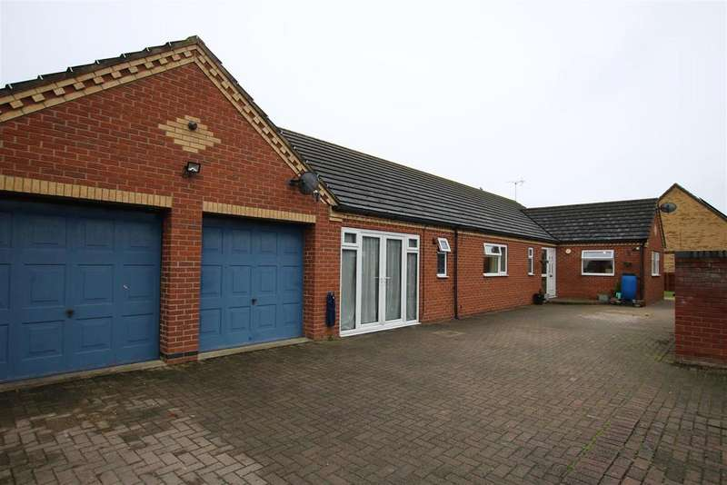 4 Bedrooms Detached Bungalow for sale in Shiregate, Metheringham, Lincoln