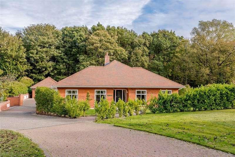 3 Bedrooms Retirement Property for sale in The Laurels, Sheringham House, Cremers Drift, Sheringham, NR26