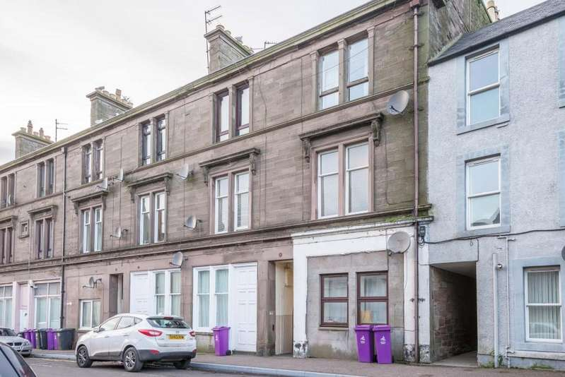 2 Bedrooms Flat for sale in Castle Street, Montrose