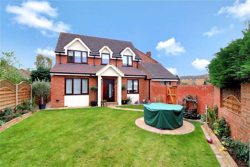 3 Bedrooms House for sale in Orbital Crescent, Watford, Herts, WD25