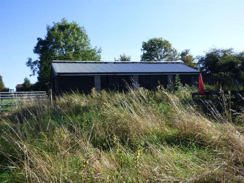 Barn Conversion Character Property for sale in Swallow Meadows Farm, The Birches, Bulkington, Bedworth