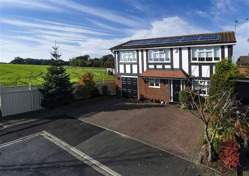 4 Bedrooms Detached House for sale in 22, Meadow Vale, Codsall, Wolverhampton, South Staffordshire, WV8
