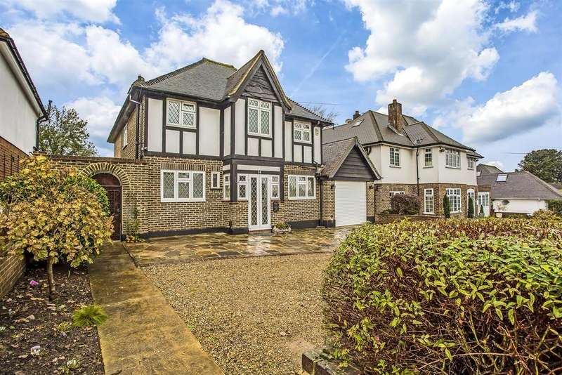 4 Bedrooms Detached House for sale in Burgh Mount, Banstead