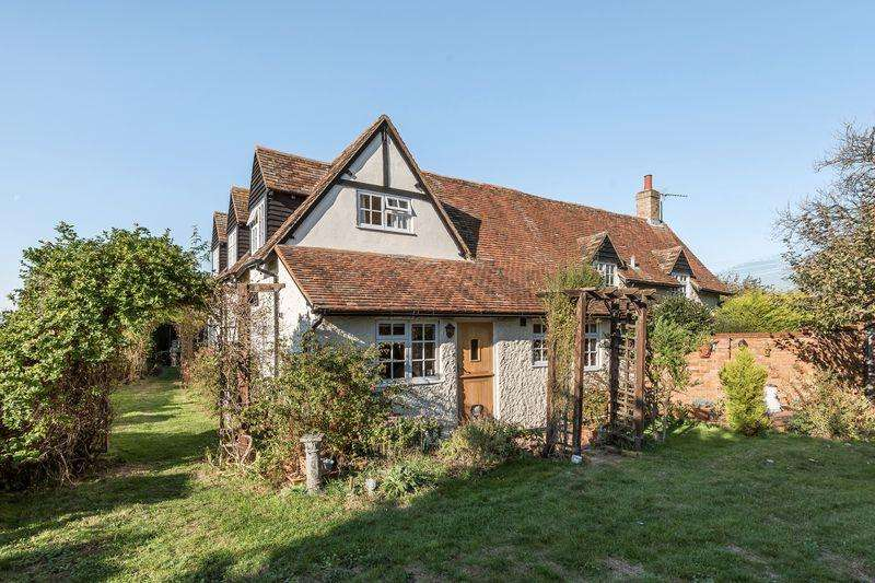 4 Bedrooms Detached House for sale in Rectory Road, Campton