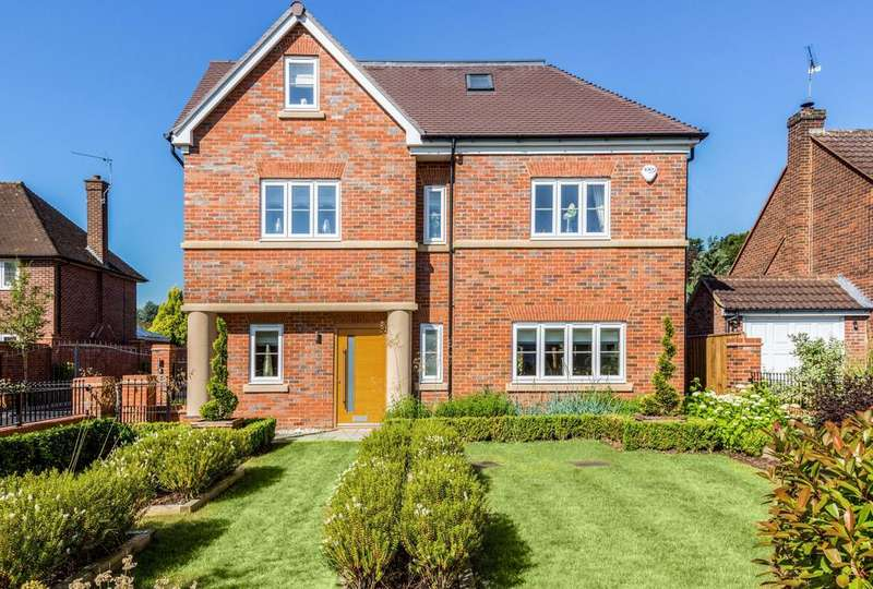 5 Bedrooms Detached House for sale in Braywick Road, Maidenhead
