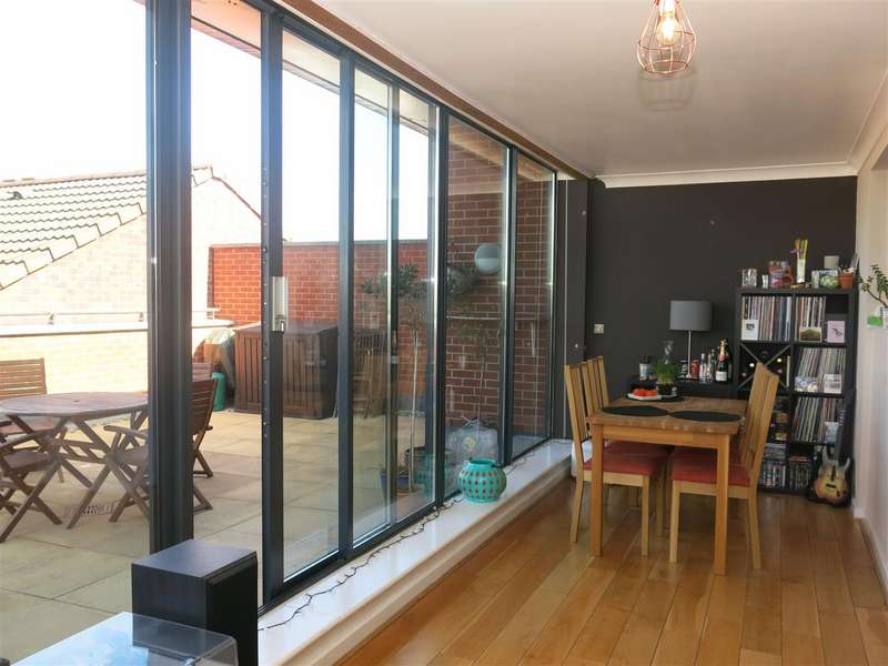 2 Bedrooms Penthouse Flat for sale in Cheapside, Deritend, Birmingham