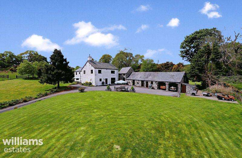 6 Bedrooms Farm House Character Property for sale in Maerdy, Corwen