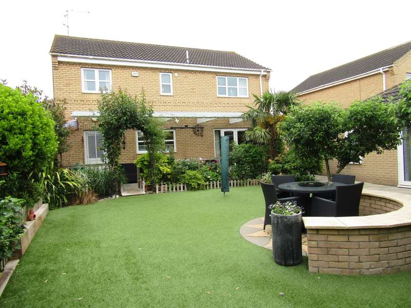 4 Bedrooms House for sale in Oxford Gardens, Whittlesey, PE7