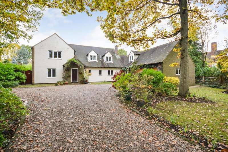 5 Bedrooms Detached House for sale in The Ridge, Little Baddow