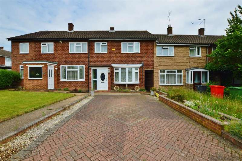 3 Bedrooms Terraced House for sale in Tomlin Road, Slough