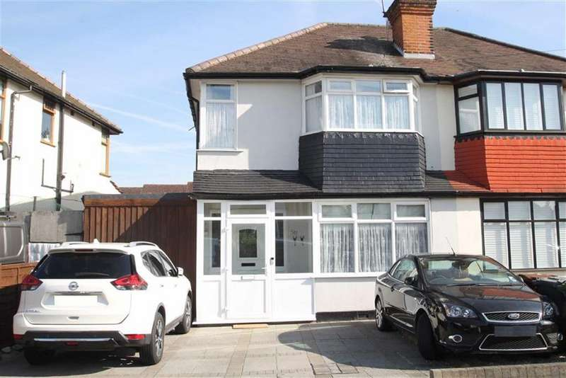 3 Bedrooms Semi Detached House for sale in Harold Road, Chingford