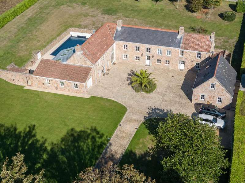 5 Bedrooms Detached House for sale in La Rue Rouge Cul, St. Lawrence, Jersey