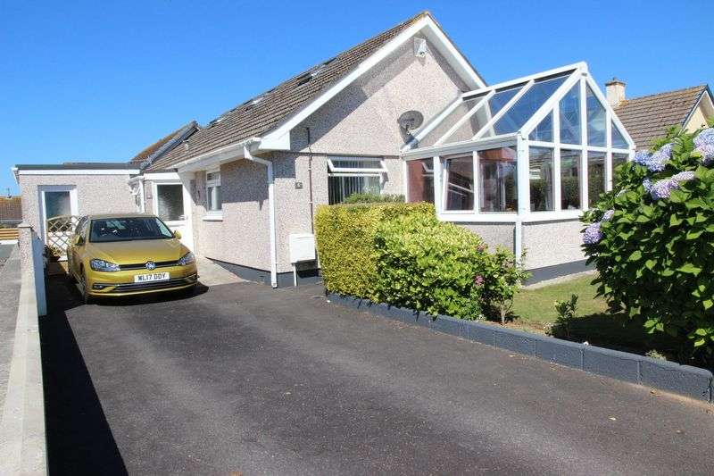 4 Bedrooms Property for sale in Aylwin Close, Newquay
