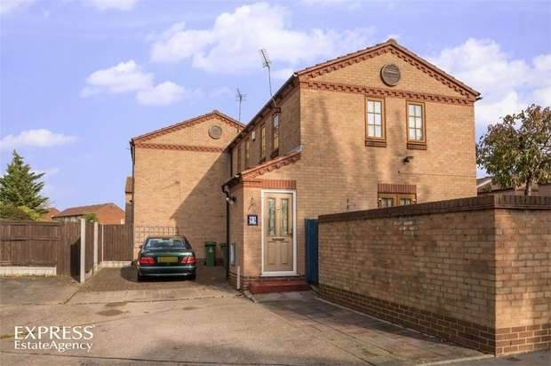 3 Bedrooms Semi Detached House for sale in Courtland Grove, London