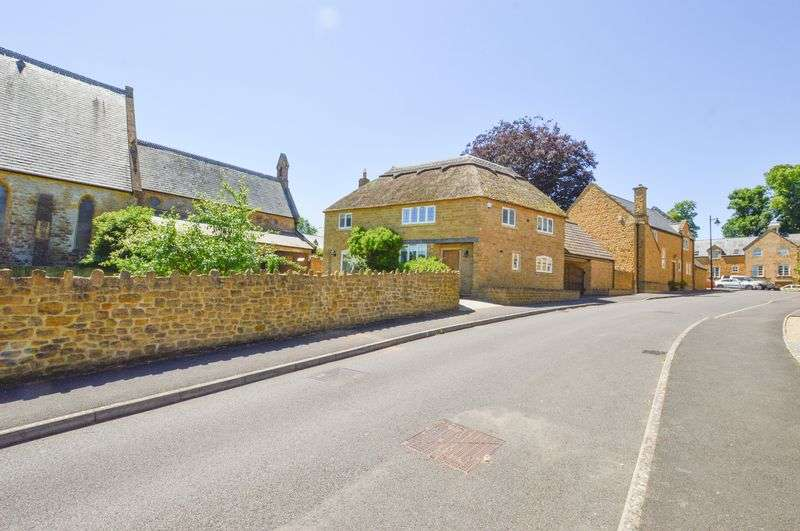 4 Bedrooms Property for sale in Brocks Mount, Stoke-Sub-Hamdon