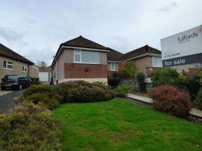 2 Bedrooms Bungalow for sale in St Budeaux, Plymouth, Devon