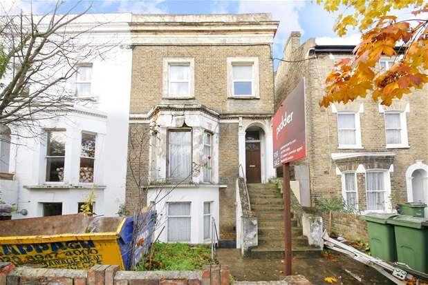 4 Bedrooms Semi Detached House for sale in Spenser Road, Herne Hill