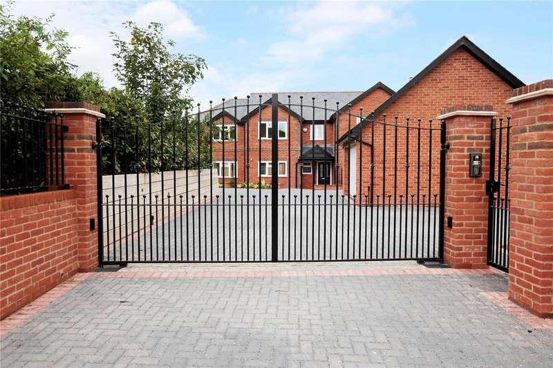 4 Bedrooms Detached House for sale in Upper Eddington, Hungerford, Berkshire, RG17