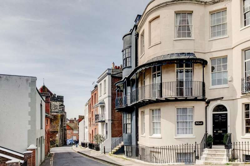 4 Bedrooms Town House for sale in St Just, Croft Road, Old Town, Hastings