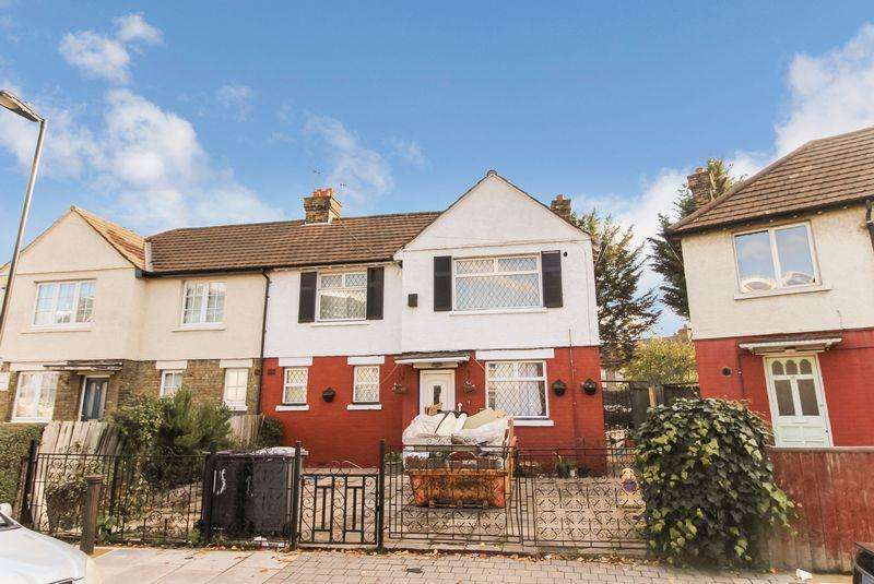 5 Bedrooms Semi Detached House for sale in Bromley Road, Tottenham N17