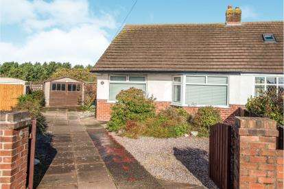 3 Bedrooms Bungalow for sale in Mark Road, Hightown, Liverpool, Merseyside, L38
