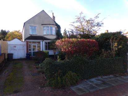 3 Bedrooms Detached House for sale in Alexandra Grove, London