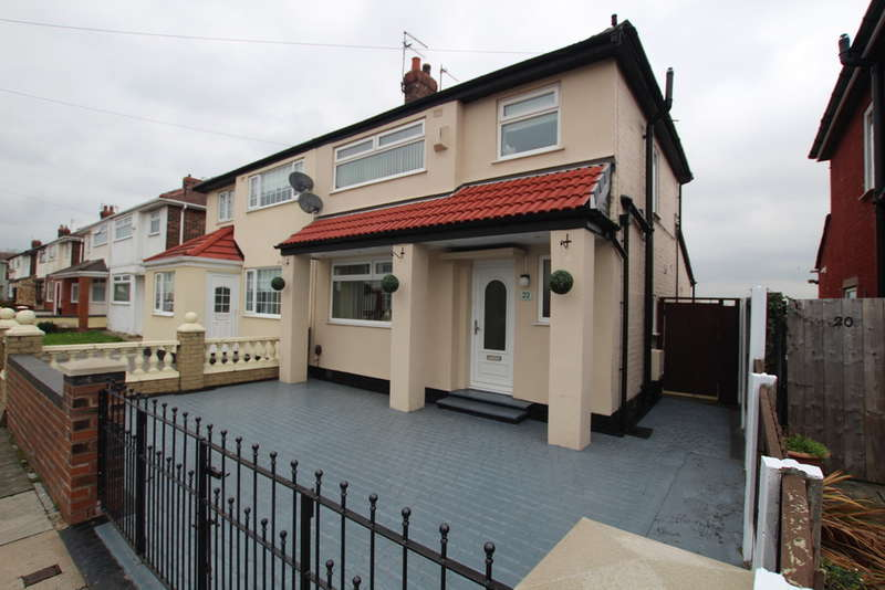 3 Bedrooms Semi Detached House for sale in Sandiways Avenue, Bootle, L30