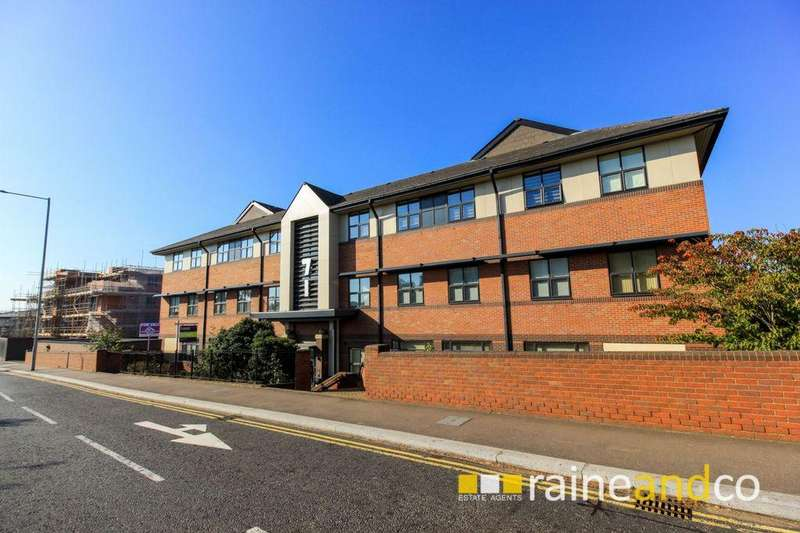 2 Bedrooms Apartment Flat for sale in Great North Road, Hatfield, AL9
