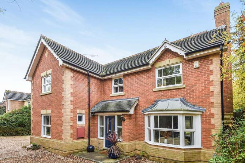 4 Bedrooms Detached House for sale in Blamire Drive, Binfield, Berkshire, RG42