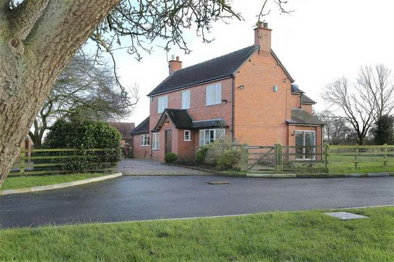 4 Bedrooms Detached House for sale in Woore Road, Audlem, Cheshire