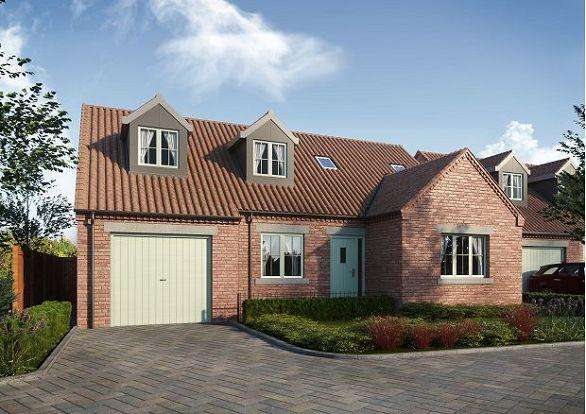 4 Bedrooms Detached Bungalow for sale in The Barge, The Moorings, Thorne, DN8 5UJ