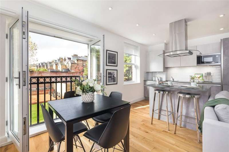 3 Bedrooms Flat for sale in Eaton Rise, London, W5