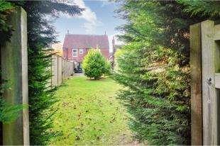5 Bedrooms Detached House for sale in Faversham Road, Kennington, Ashford, Kent