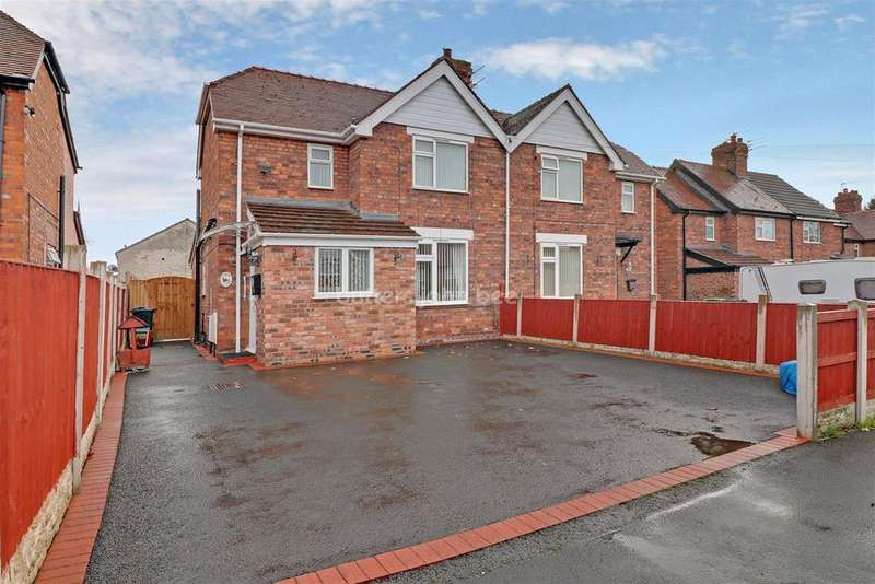 3 Bedrooms Semi Detached House for sale in Park Ave, Winsford