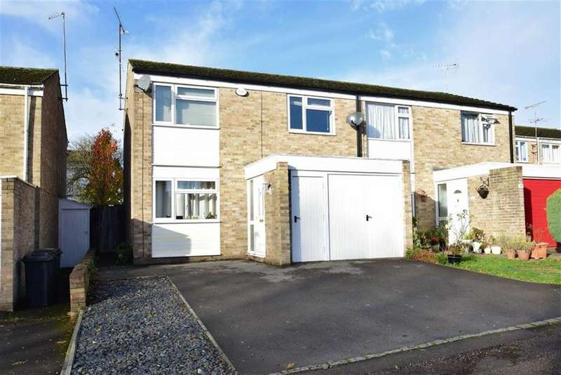 3 Bedrooms Semi Detached House for sale in Fraser Avenue, Caversham, Reading